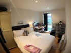 Room to let in Hyde Park, Leeds