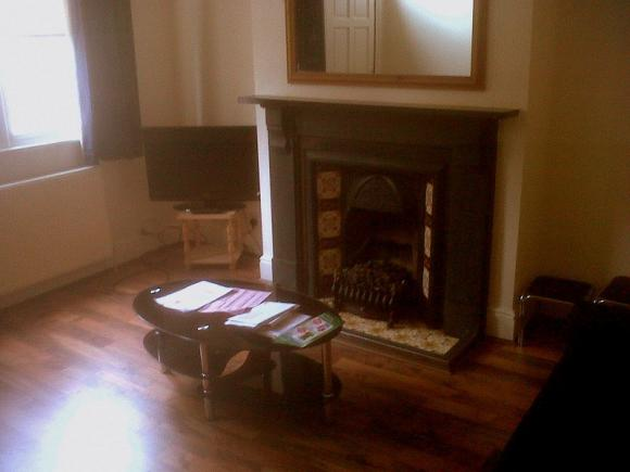 1 bed available student house share sheffield pads. Black Bedroom Furniture Sets. Home Design Ideas