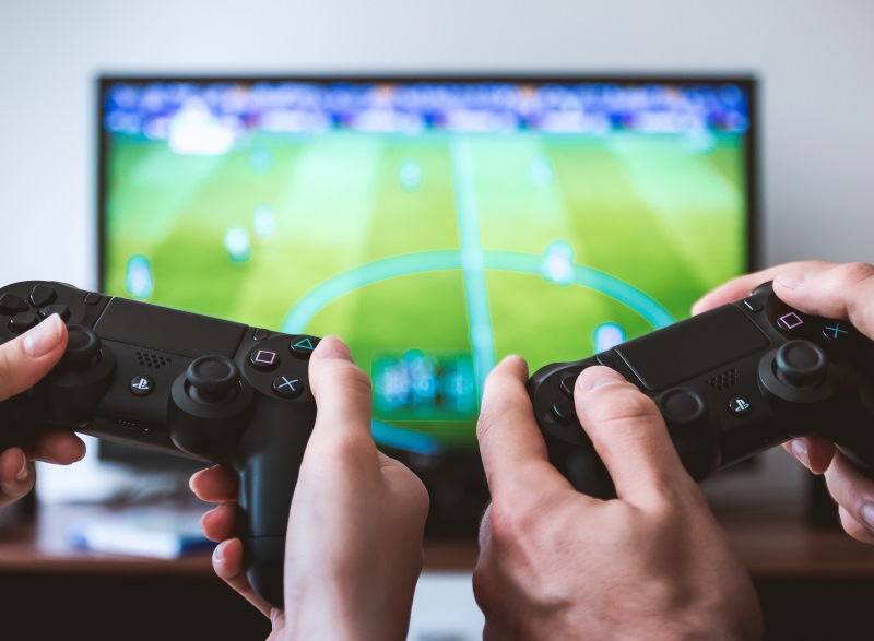 Playing Video Games Makes Students More Productive