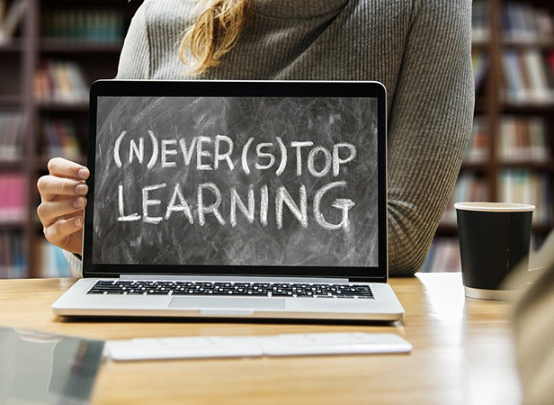 How to Adapt to Online Learning During COVID
