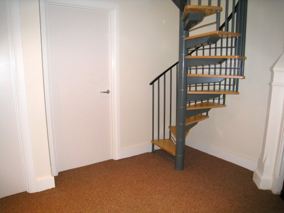 Two Bedroom Gallery Apartment in Wolverhampton City Centre - Pads