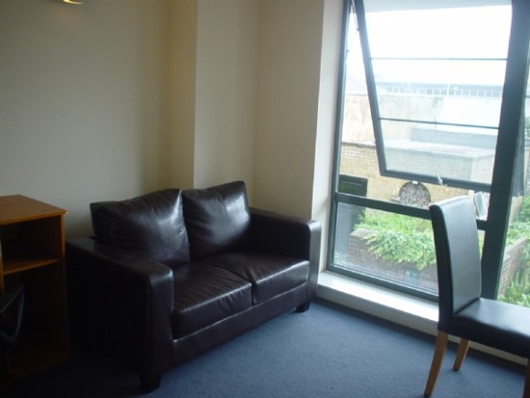 1 Bed - Available 2014 - 2015 Central Studio!