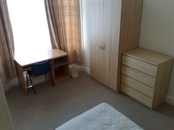 Fully Furnished Study Bedroom 1