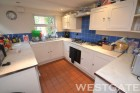 4 Bed - Donnington Road, Reading
