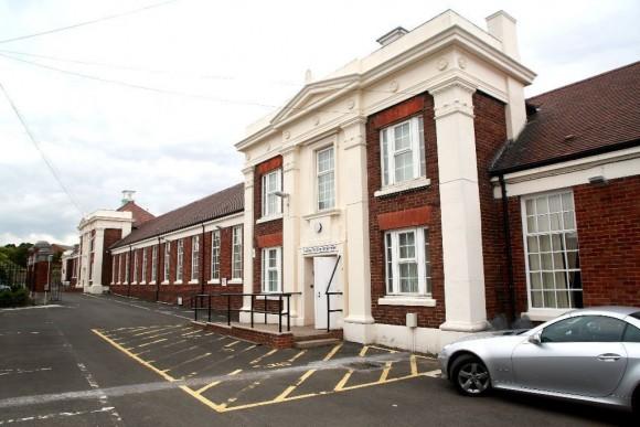 1 bed student accomodation centre swan street. Black Bedroom Furniture Sets. Home Design Ideas