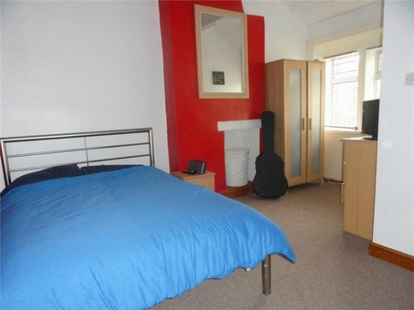 1 bed ridings lane golcar huddersfield west yorkshire for Beds huddersfield