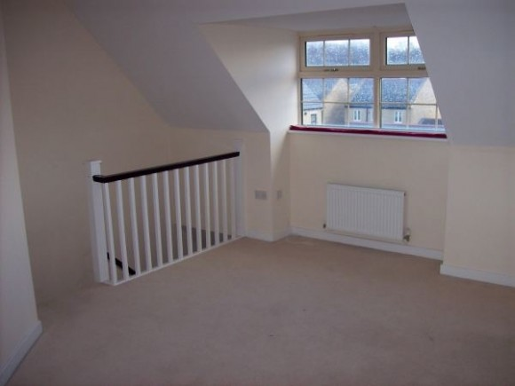 3 bed fell grove ferndale huddersfield pads for students for Beds huddersfield