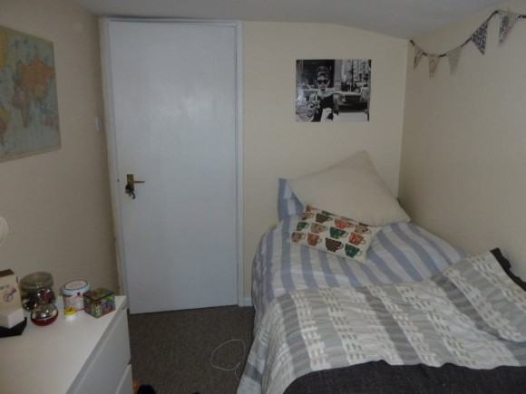Bed Student Property Oldfield Park To Rent