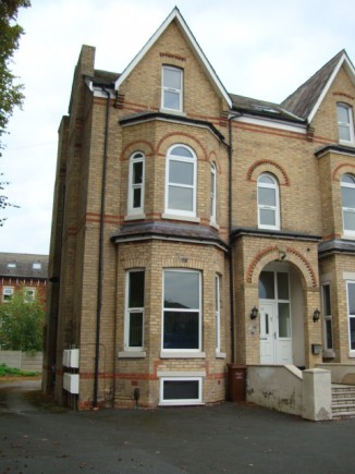 9 Bed student house in Fallowfield - Ex Bills