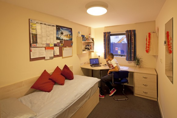Easy Student Rooms