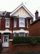 7 Bed House, NO FEES £85 great communal space and close to Uni+Shops