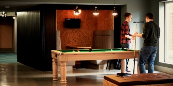 Communal area with TV and Pool Table