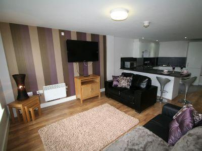 Bed Property Rent Leeds Available September