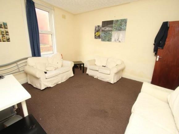 Student  Bed Properties Hyde Park Leeds