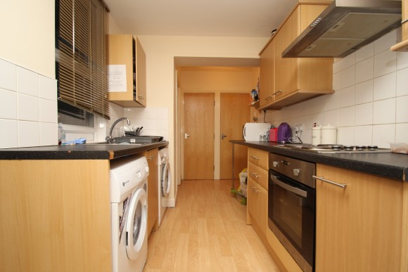 8 Bed - Winston Gardens, Headingley, Leeds