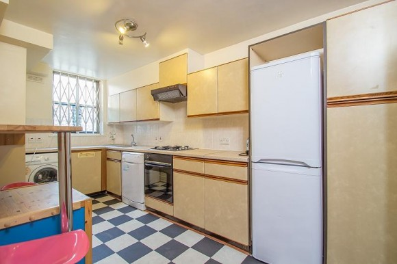 2 bed queensborough terrace london w2 pads for students for 49 queensborough terrace bayswater