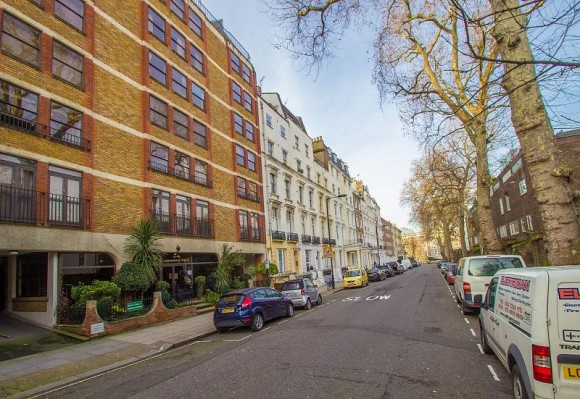 2 bed queensborough terrace london w2 pads for students for Queensborough terrace