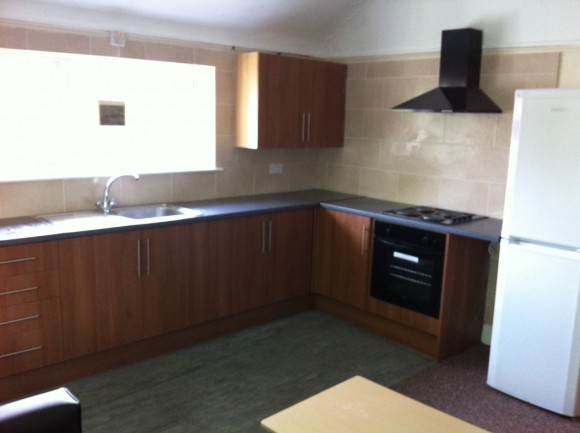 3 bedroom Flat available in Victoria Park